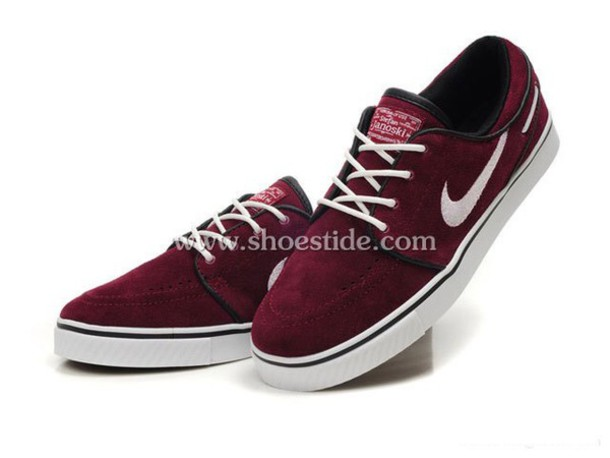 54db3cac4dcc5 shoes burgundy bordeau red shoes red nike skateboard skate shoes skateboard  style burgundy shoes burgundy skate