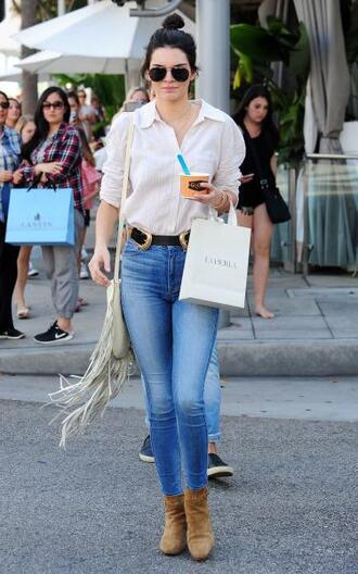 shirt blouse jeans kendall jenner ankle boots bag fringed bag shoes belt boots summer fall outfits white blue pink brown