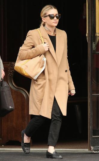 olsen sisters sunglasses blouse jewels coat bag pants