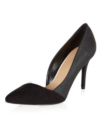 Monochrome Asymmetric Pointed Court Shoes