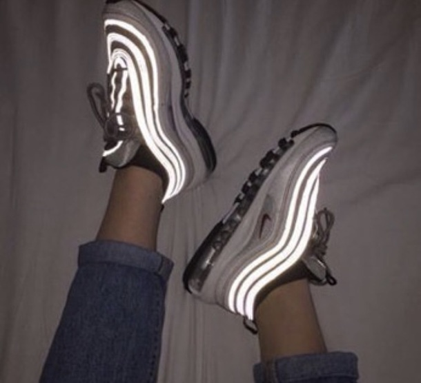 shoes glow in the dark air max nike air