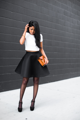 walk in wonderland blogger neoprene white t-shirt leather bag black skirt circle skirt top skirt shoes bag jewels sunglasses