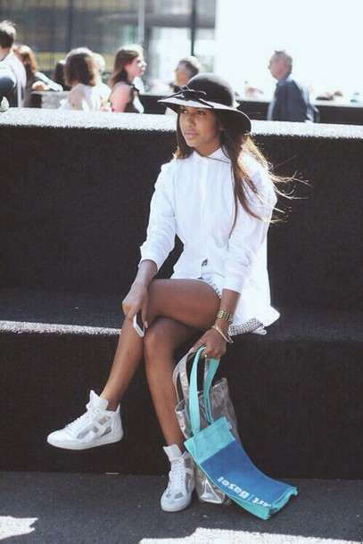 Shoes White Sneakers Tumblr Outfit Tumblr Tumblr Girl Tumblr Shoes White White Shoes ...