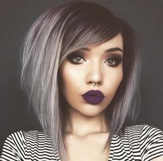 make-up hair hairolor silver grey black punk goth pretty
