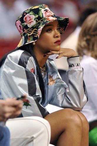 jacket rihanna celebrity hat hair accessory