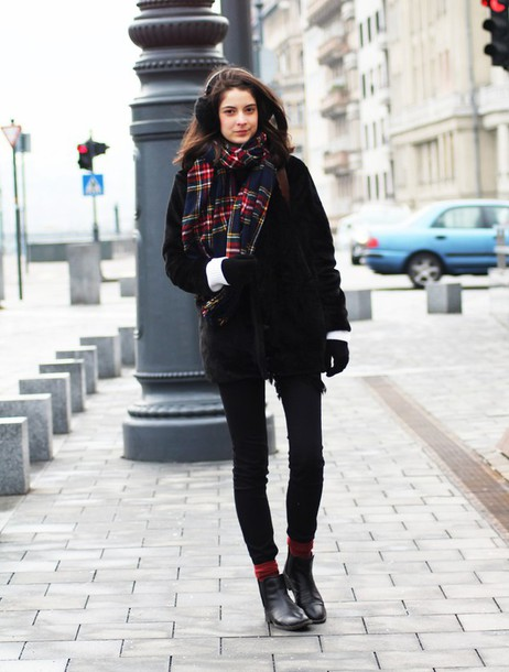 mes memos blogger coat tartan scarf winter outfits