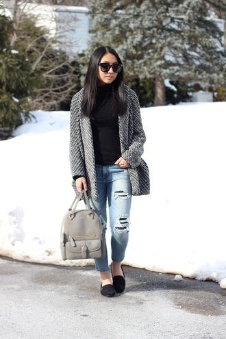 looks by lau blogger ripped jeans grey bag winter jacket cardigan jeans shoes black turtleneck top grey cardigan blue jeans denim loafers black loafers sunglasses