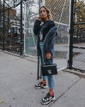 coat,faux fur coat,jeans,cropped jeans,straight jeans,sneakers,platform sneakers,handbag,black t-shirt,printed t-shirt