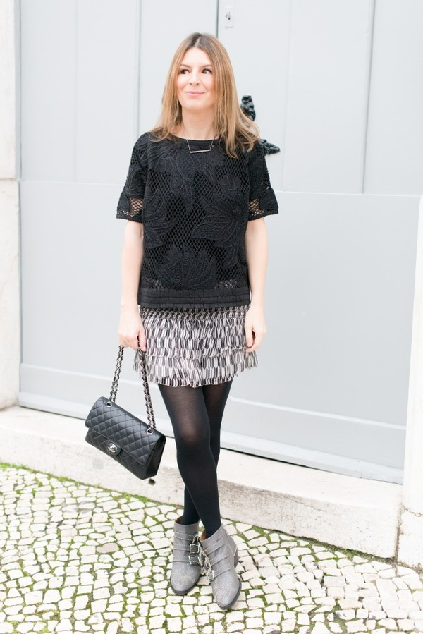 the working girl t-shirt skirt bag shoes jewels