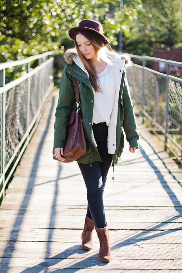 kolorowa dusza jacket t-shirt pants jewels bag hat shoes