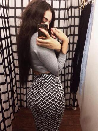 skirt midi skirt bodycon skirt black white grey monochrome cute sexy arrow pattern patterned skirt