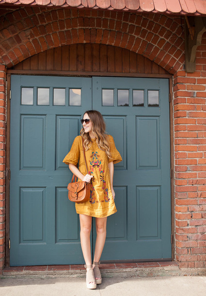 twenties girl style blogger dress shoes sunglasses bag mini dress yellow dress shoulder bag wedges spring outfits