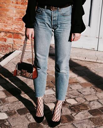 jeans tumblr mom jeans blue jeans denim tights net tights fishnet tights pumps pointed toe pumps high heel pumps black heels heels high heels bag mini bag chain bag gucci gucci belt logo belt frayed denim