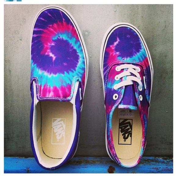 tie dye dye shoes vans