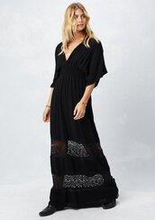 dress,kimono sleeve dress,kimono sleeve,kimono,kimono dress,kimono sleeve maxi dress,maxi dress,maxi,smock waist,smock waist dress,lace details,lace,70s style,boho dress,boho,bohemian,70s inspired dress,bohemian dress