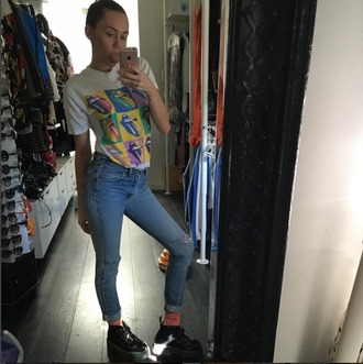 jeans high waisted legs miley cyrus denim the rolling stones grunge skinny jeans blue denim light blue t-shirt