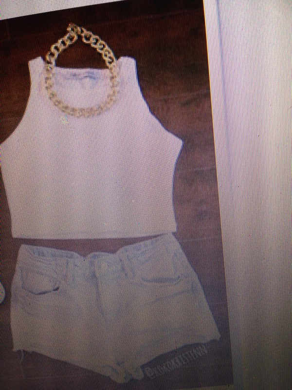jewels crop tops white jeans shorts tank top