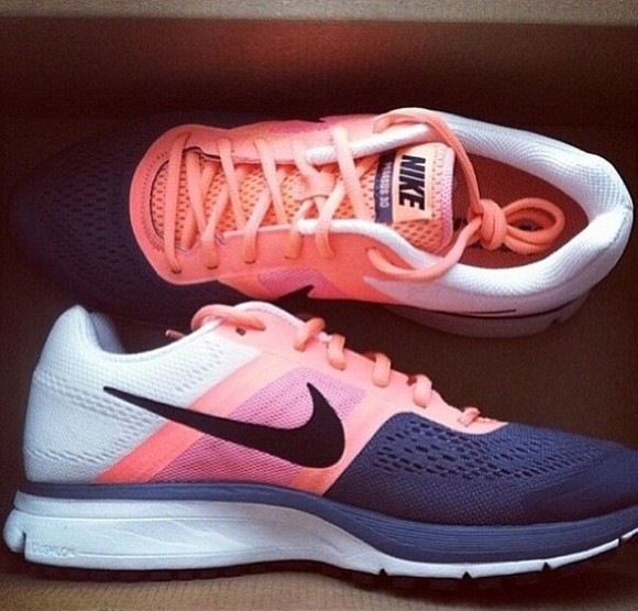 shoes pink shoes nike running shoes nike pink white black