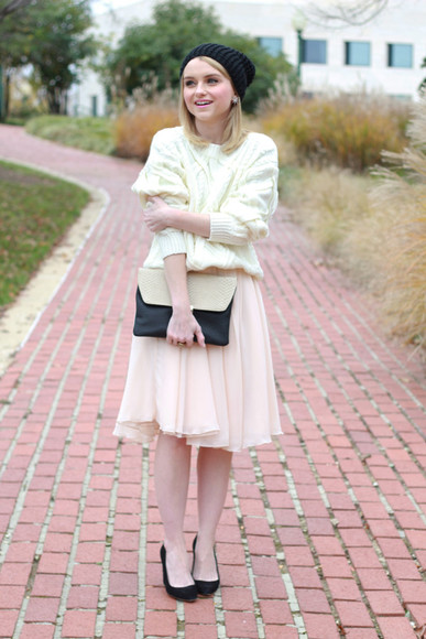 earrings poor little it girl blogger baby pink pink skirt knitted sweater knitted beanie