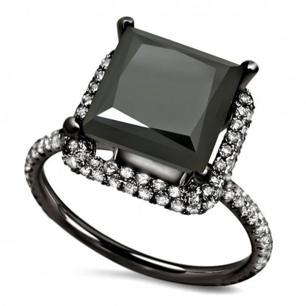 jewels evolees evolees.com 3.20CT BIG PRINCESS CUT BLACK DIAMOND ENGAGEMENG RING WITH WHITE ROUND DIAMOND SIDE STONES engagement ring black diamond engagement ring black gold ring