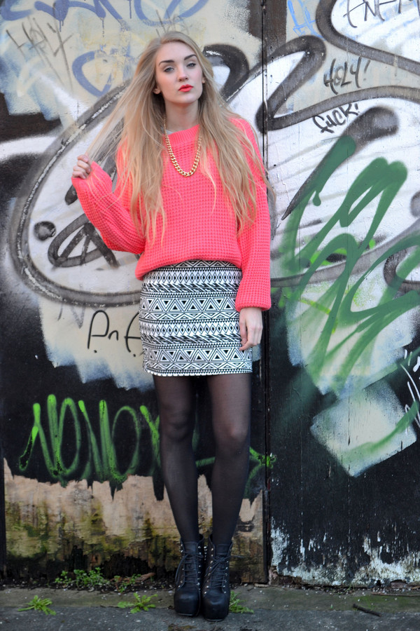 sweater fashion blogger Pop Couture jumper knitwear neon coral sweatshirt knitted sweater neon blush pink bright