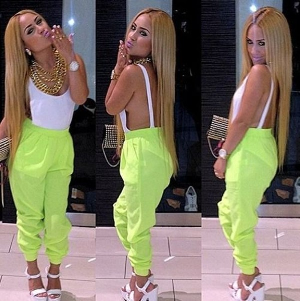 shirt lime blonde hair pretty gold gold chain bodysuit pants