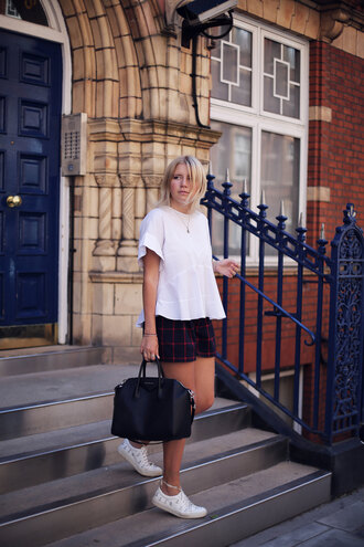into the fold blogger shorts top shoes bag