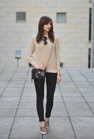 vogue haus blogger knitted sweater leopard print