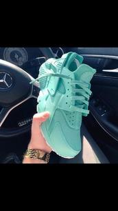 shoes,huarache,pastel sneakers,dance,nike air huarache,nike shoes,nike,nike air,blue,air huarache,teal,seafoam blue pretty,seafoam green,agua color,nike haraches,custom shoes,low top sneakers,blue sneakers,light,tumblr,sneakers,green shoes,nike sneakers,turquoise,sportswear