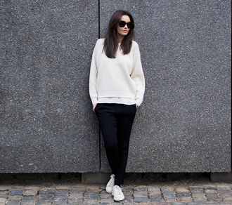 by funda blogger sunglasses jumper casual sweater pants shoes