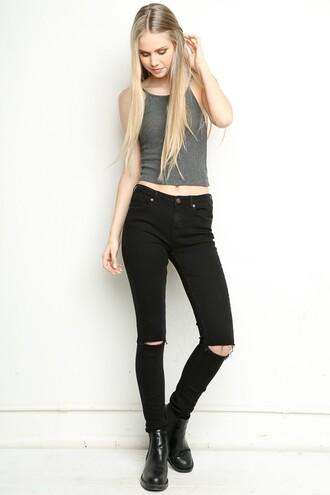 top grey jeans