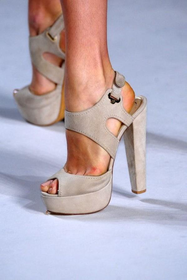 shoes clothes