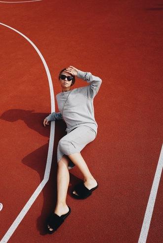 vasilieva blogger long sleeve dress grey dress slide shoes minimalist