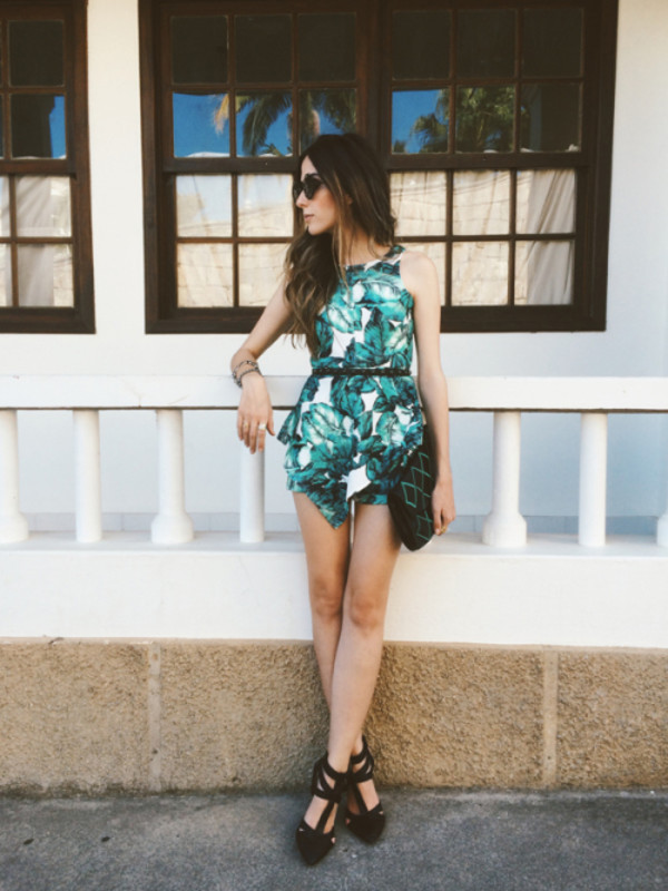 fashion coolture blogger bag sunglasses tropical print summer outfits