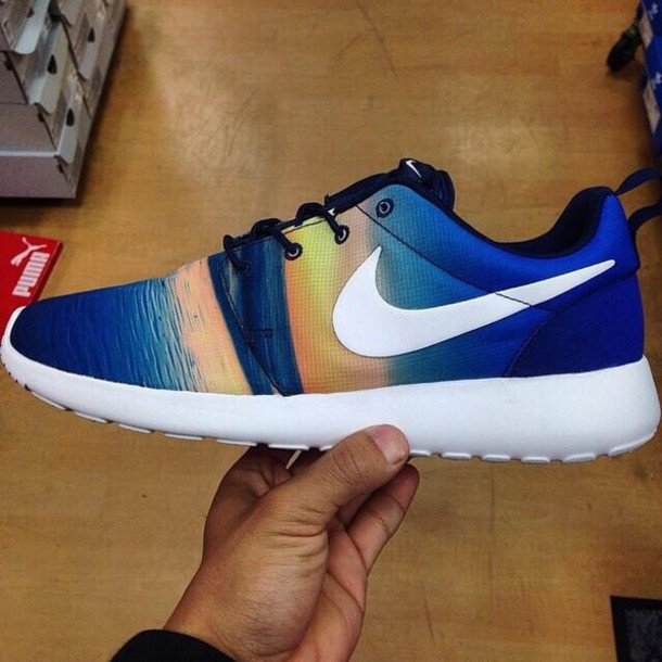 3846ceb587f shoes nike running shoes nike roshe runs running shoes tennis shoes pretty  cool girl style bag