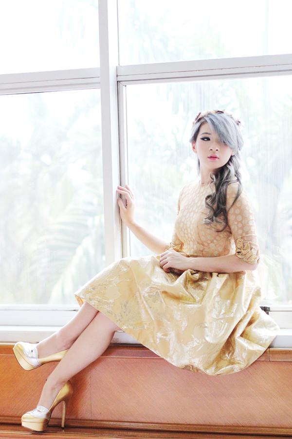 brown platform blogger vintage gold charlotte olympia
