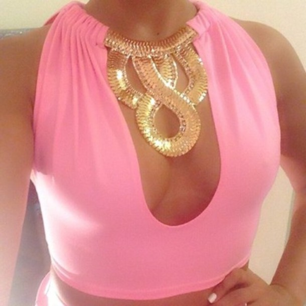 tank top pink low cut gold chain necklace