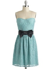 dress,blue,light blue,vintage,vintage dress,bow belt,lace,strapless