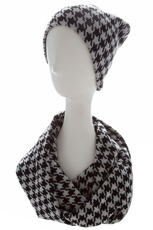 Knitting Pattern For Scarf And Beanie : HOUNDSTOOTH PATTERN KNIT INFINITY SCARF AND BEANIE SET