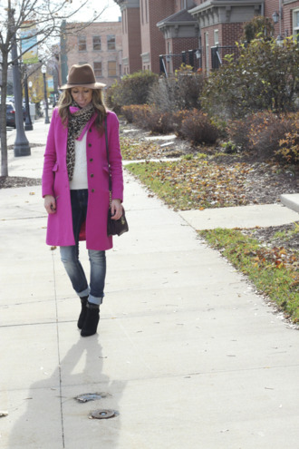 lilly's style coat sweater jeans shoes bag scarf hat