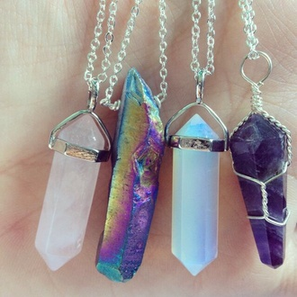 jewels quartz necklace rock colorful jewelry where did u get that pendant gemstone crystal crystal quartz stone necklaces collier crystal charms crystal neckalce charms clear quartz rainbow crystal tumblr cristal grunge cute stones white pink sweet girly nice girly wishlist hipster jewelry pretty