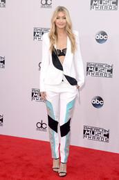 American Music Awards,pants,gigi hadid,jacket,blazer