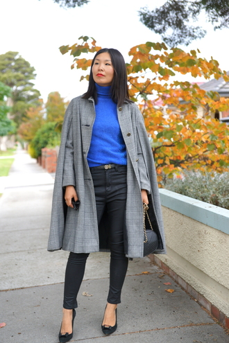 cecylia blogger grey coat blue sweater