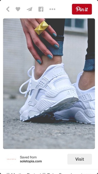 shoes white huaraches huarache nike sneakers hurarche nike air white shorts nike shoes hurraches white shoes