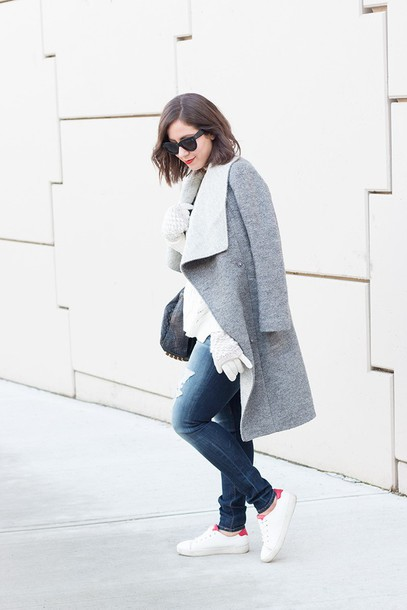 adventures in fashion blogger grey coat knitted gloves gloves coat sunglasses black sunglasses jeans plus size curvy ripped jeans denim blue jeans sneakers low top sneakers white sneakers
