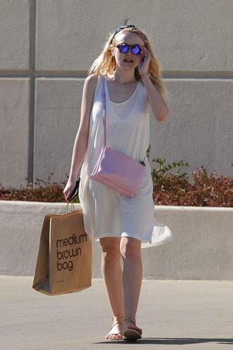 dress summer dress summer outfits dakota fanning sunglasses purse
