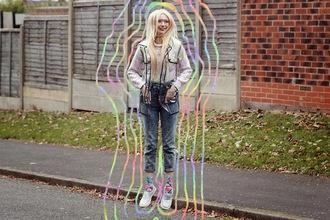kayla hadlington blogger jeans socks neon hipster see through raincoat