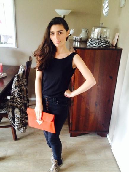 bag orange bag shoes orange enveloppe bag panter wellies gumboots river island jeans