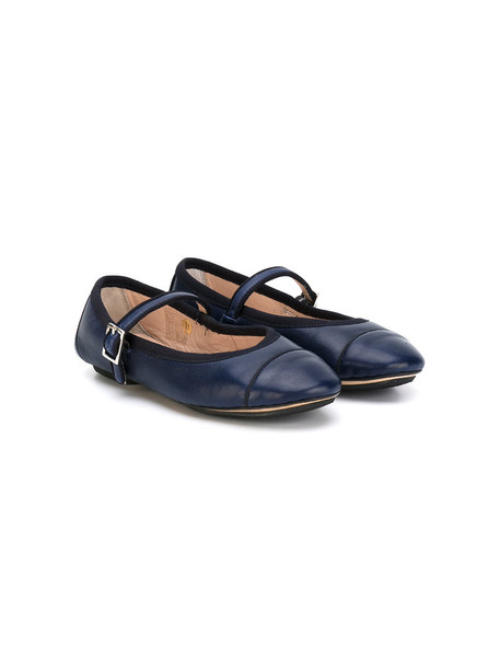 style leather blue shoes
