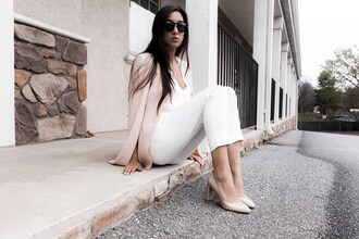 day in my dreams blogger blouse pants shoes jacket bag blazer pumps beige shoes white pants spring outfits